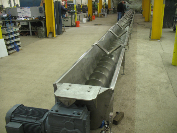 Twin Screw Conveyor for Waste Processing